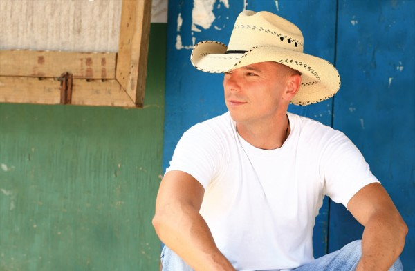 goi_kenny_chesney